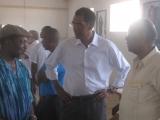 <h5>No Campo de Concentração de Tarrafal </h5><p>Com ex-Presidente de Moçambique Joaquim Chissano e Fernando Dias dos Santos, Presidente Assembleia Nacional de Angola.</p>