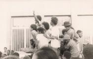 <h5>Apelo à luta para a Independencia Nacional</h5><p>Nesse mesmo comício, Pedro Martins incitou o povo de Cabo Verde, a aproveitar-se da abertura politica existente após o 25 de Abril, a organizar-se á volta do PAIGC para exigir a Independencia total e imediata de Cabo Verde</p>