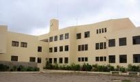 <h5>Escola Técnica de Santa Catarina</h5><p>Escola financiada pelo governo de Luxemburgo e não concluído na totalidade. Imagem parcial e do edifício.</p>