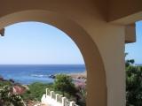 <h5>Residência do Embaixador de França</h5><p>Vista do mar da varanda lateral da residência.</p>