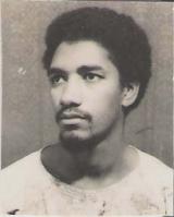 <h5>Aos 23 anos</h5><p>Deputado da Assembleia Nacional e Presidente da Juventude Africana Amicar Cabral (JAAC).</p>