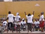 <h5>Em Assomada-2</h5><p>Jovens de Sta. Catarina dançando batuque no Polivalente de Assomada após uma intervenção cívica de Pedro Martins</p>