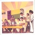 <h5>O 1º Comício Politico em Cabo Verde., 3-5-1974</h5><p>Na mesa de esquerda para a direita: Jorge Querido, Bebeto, Sergio Centeio e Pedro Martins. De pé, de esquerda para direita: Djidje Fernades, Zé Maria, Velhinho, Peta.</p>
