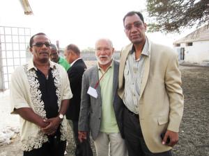 11-Justino Pinto de Andrade, Luandino Vieira (angolanos) e Pedro Martins, 35 anos depois da libertação no C. C. de Tarrafal-