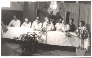7-No C.C. de Tarrafa na Primeira República. Na mesa Abílio Duarte, Silvino da Luz, José Araujo, Olívio Pires, Luís Fonseca e PM